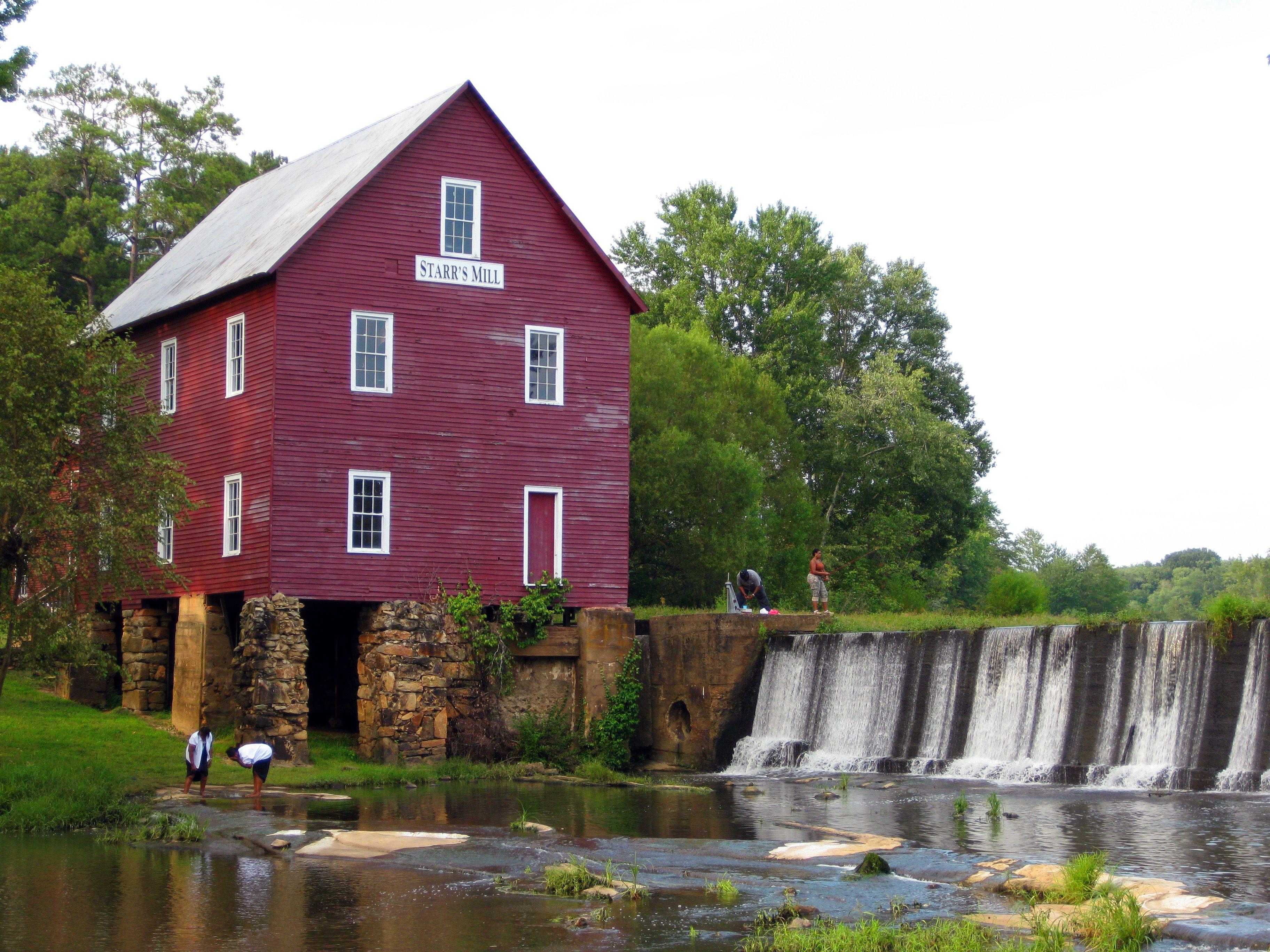 Starr's Mill Senoia, Peachy
