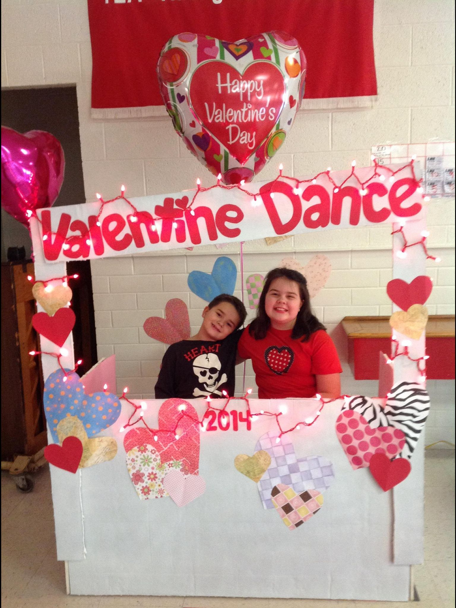 Valentine Dance Photo Booth For Elementary School