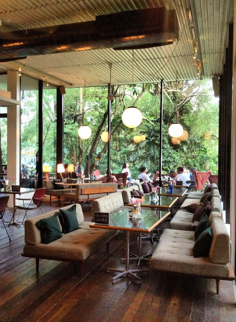 PS Cafe Singapore, Ann Siang Hill. Great burgers, or Big