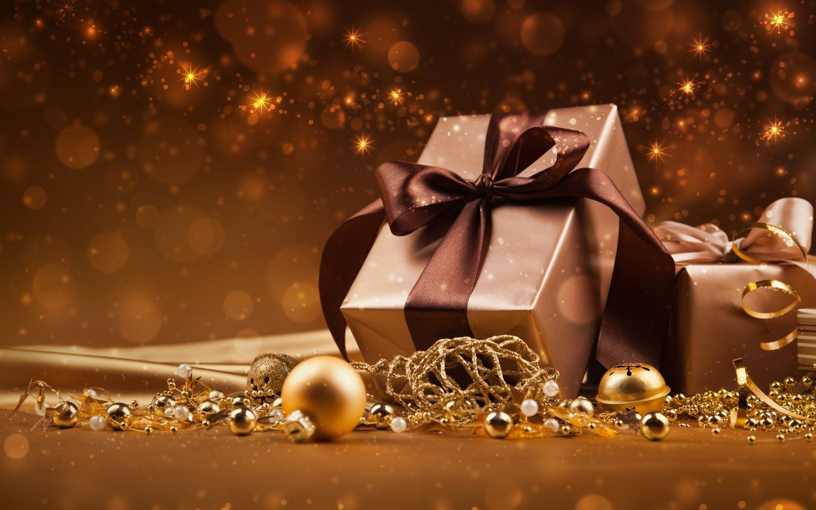 This article will help you to get desired Christmas Gifts