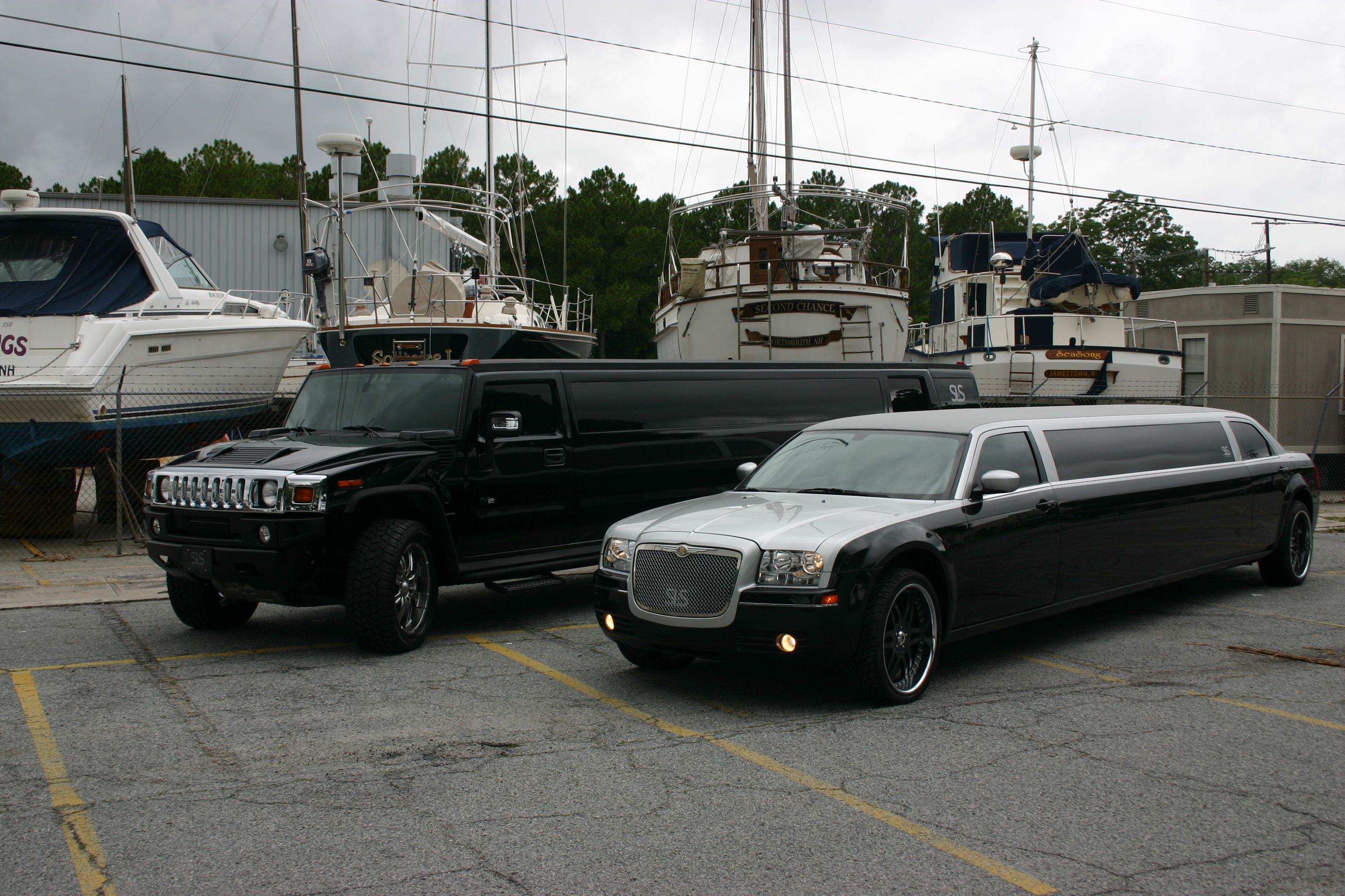 Hummer H2 Limo I just found such a fun limousine Look into a