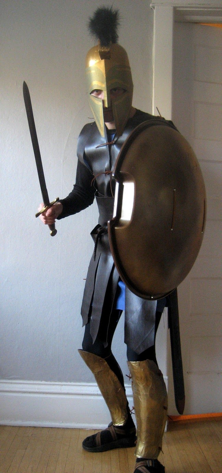 Chuck Does Art DIY Spartan Hoplite Costume How to Make