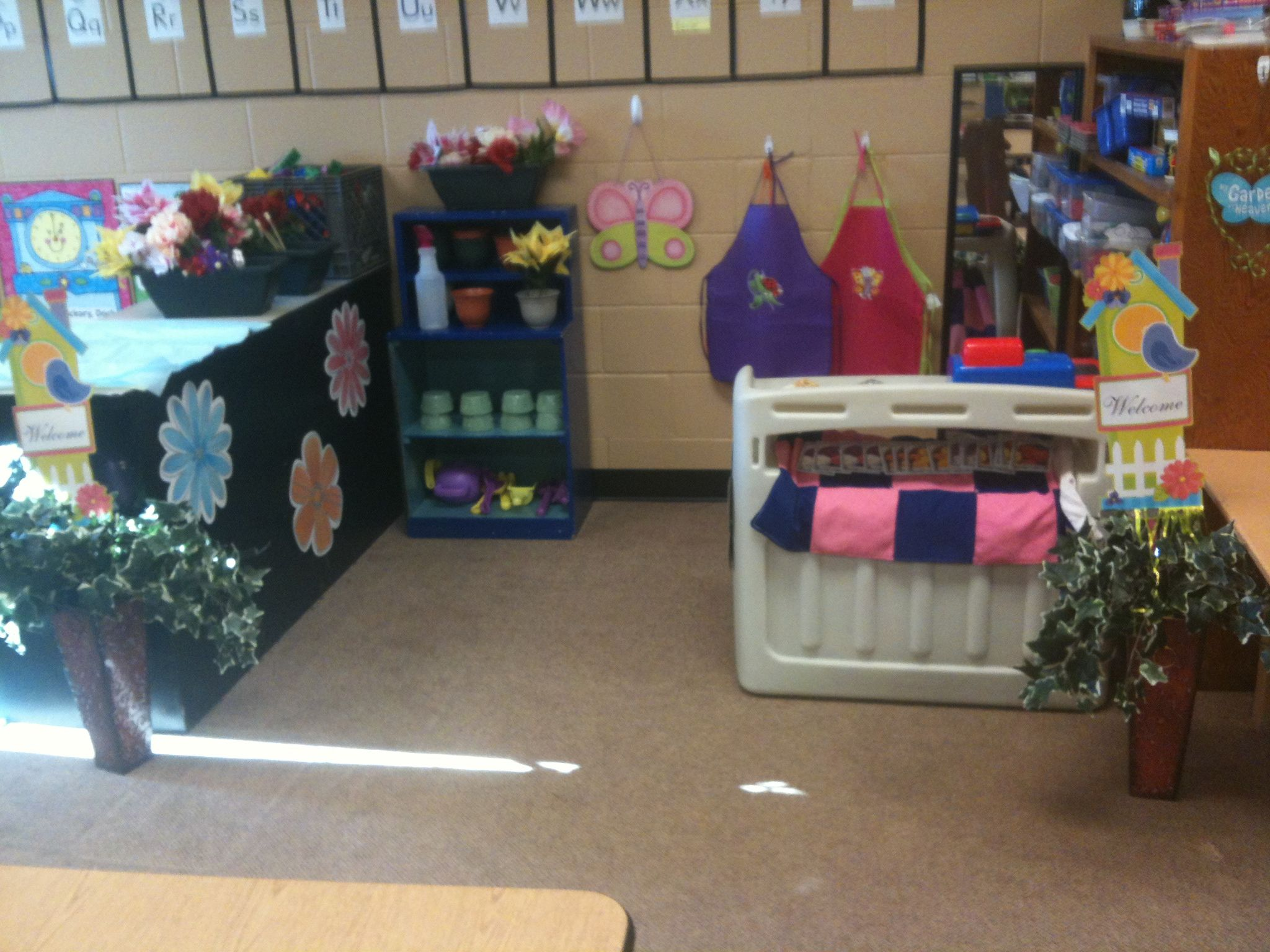 Garden Flower Shop Theme Dramatic Play Center