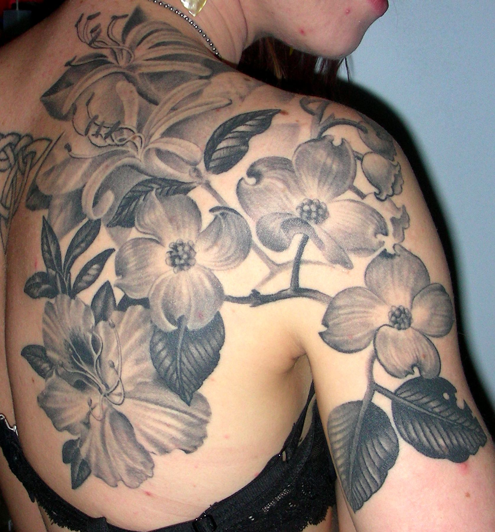 Black and Grey Flower Tattoos for Women Published