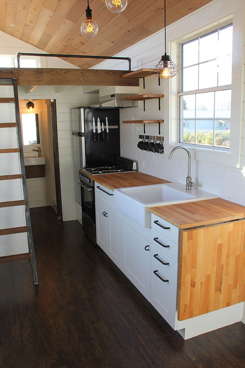 Rustic Industrial 160 Sq Ft Tiny House Swoon Tiny
