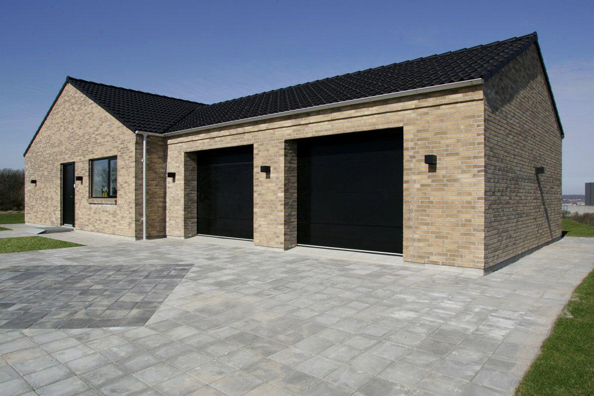 Integreret dobbelt garage. eurodanhuse. Garager