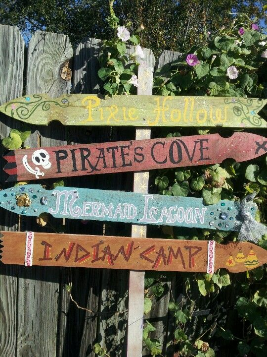 Peter Pan's Neverland sign. which way do I fly??? When I