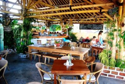 30 OF BALI'S BEST CAFES | Shelters, Best coffee and Islands