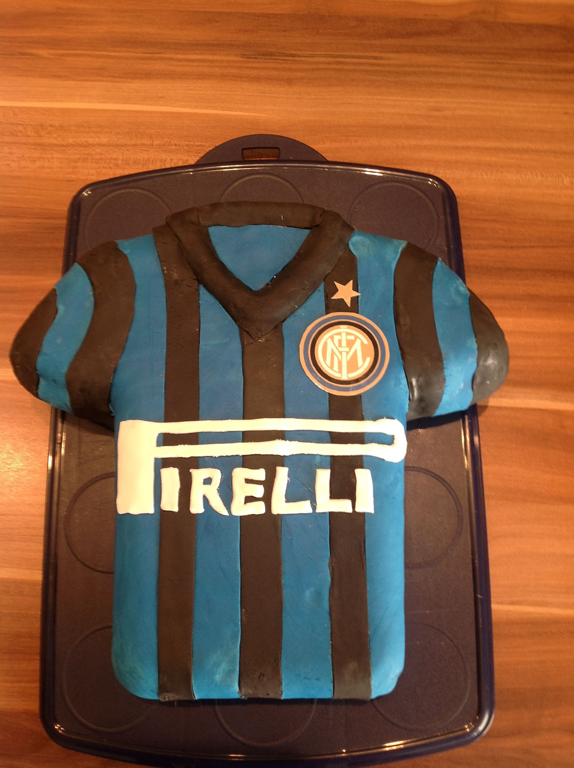 Inter Milan cake Kuchen Pinterest Milan and Cakes