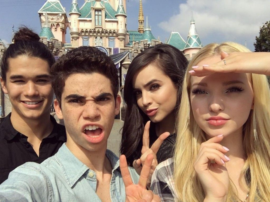 The cast of Disney's Descendants took this awesome squad