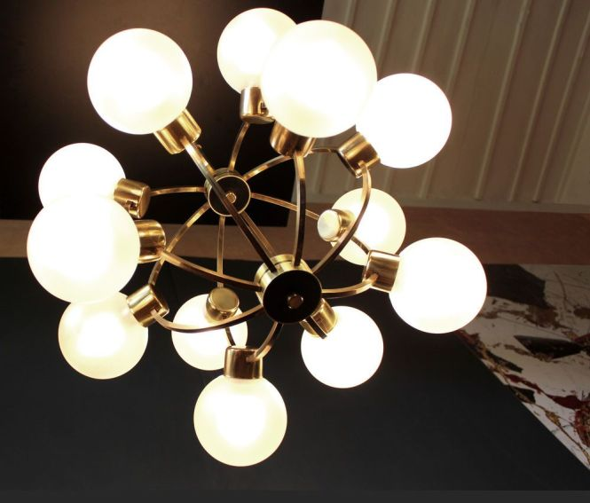 1960 S German Brass Sputnik Atomic Chandelier 12 Frosted Glass Globe Shades