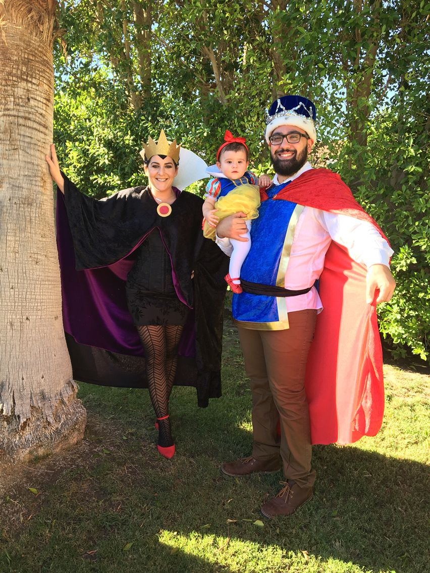 DIY Halloween costume. Snow White, Prince Charming and the
