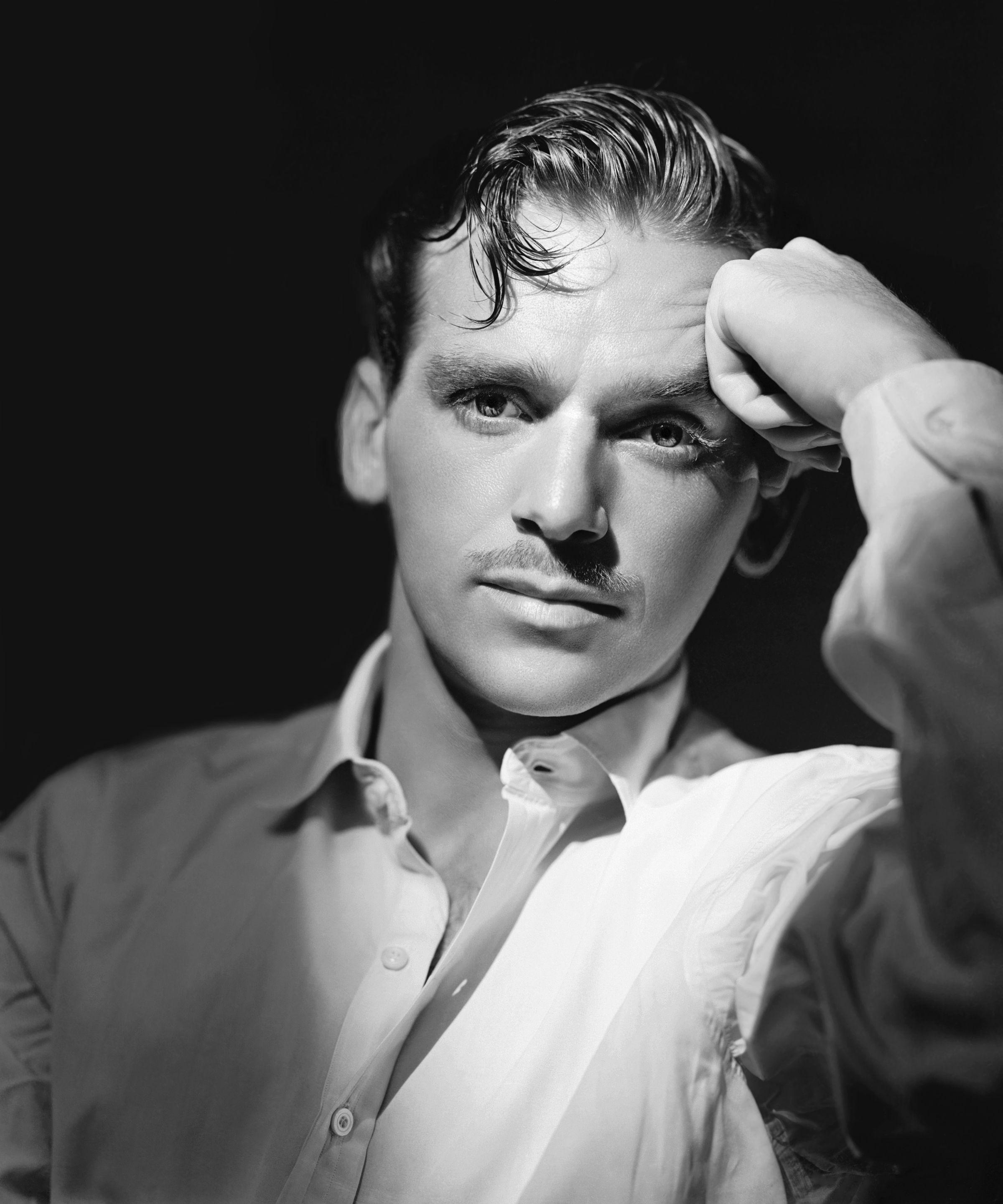 Douglas Fairbanks, Jr.Annex Hollywood Style & Glamour