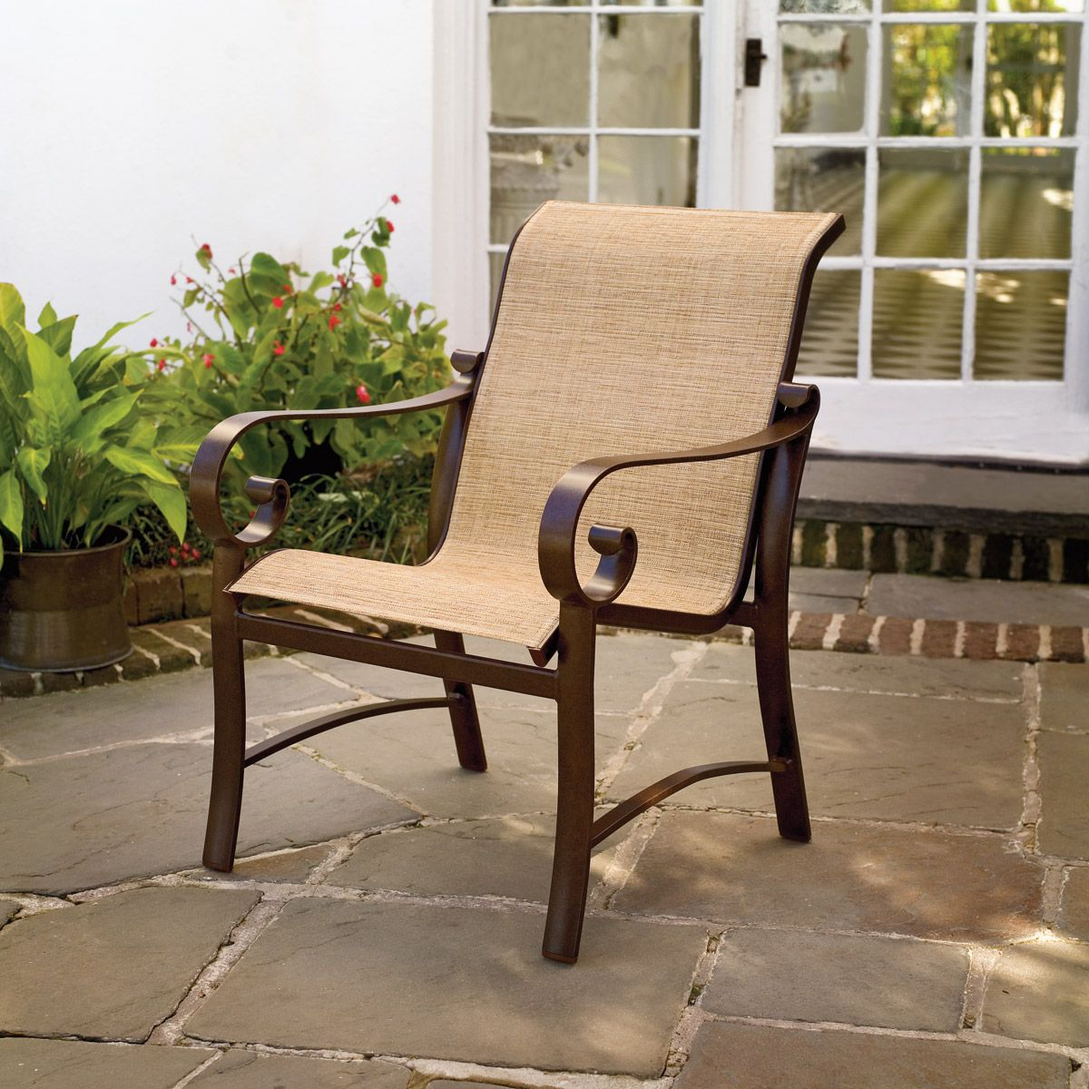 How to Paint Outdoor Sling Chairs I Upcycle, Patios and