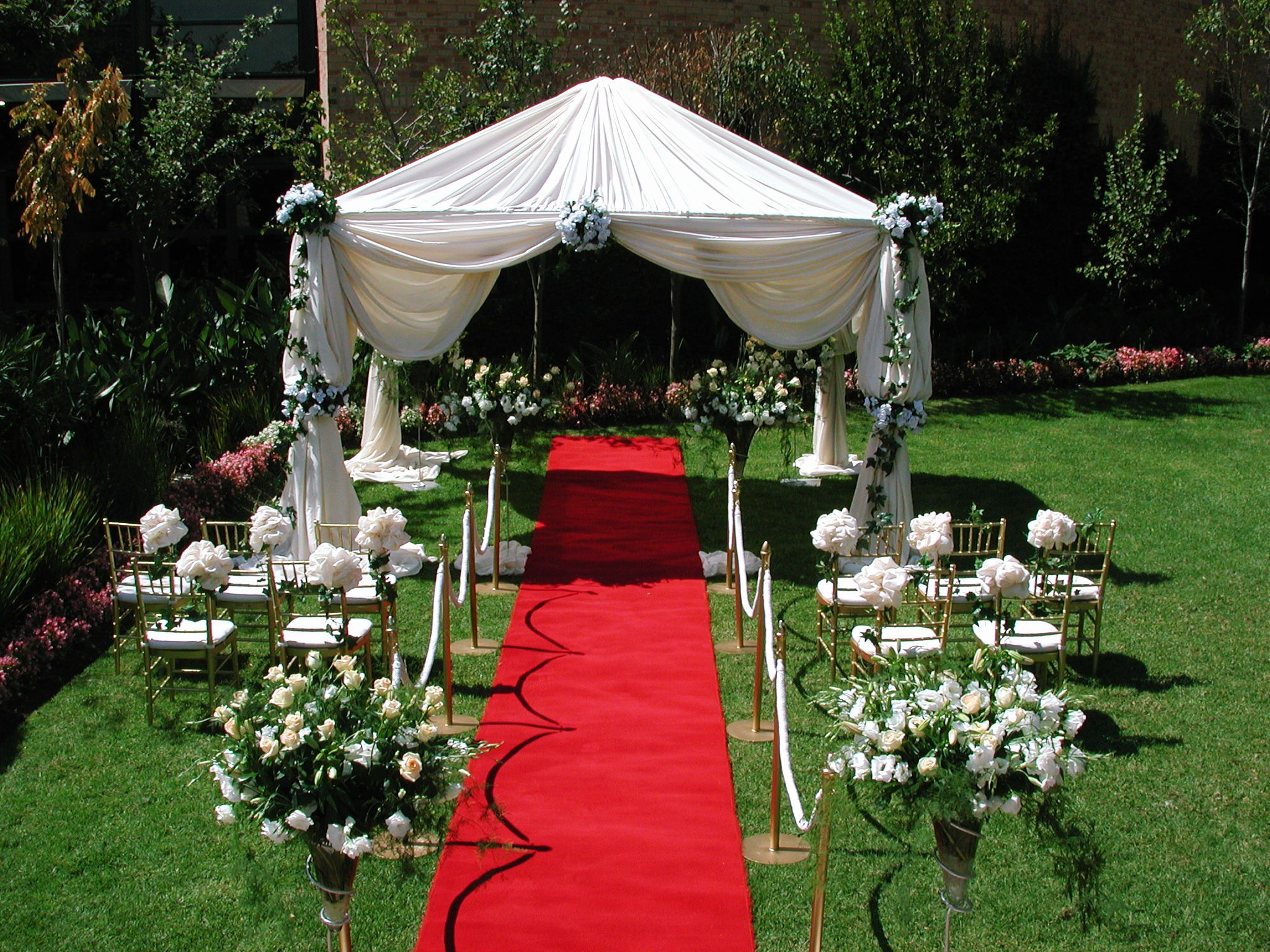 +5 Tips to Decorate Your Outdoor Wedding Outdoor wedding