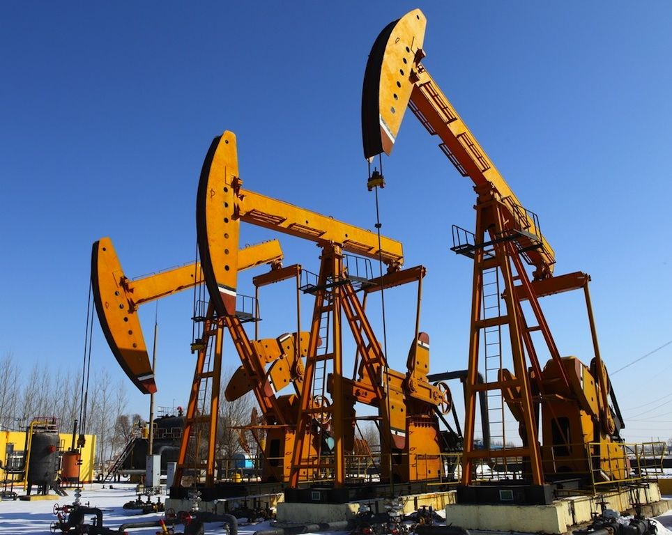 What You Need To Know To Work On An Oil Rig Careers in