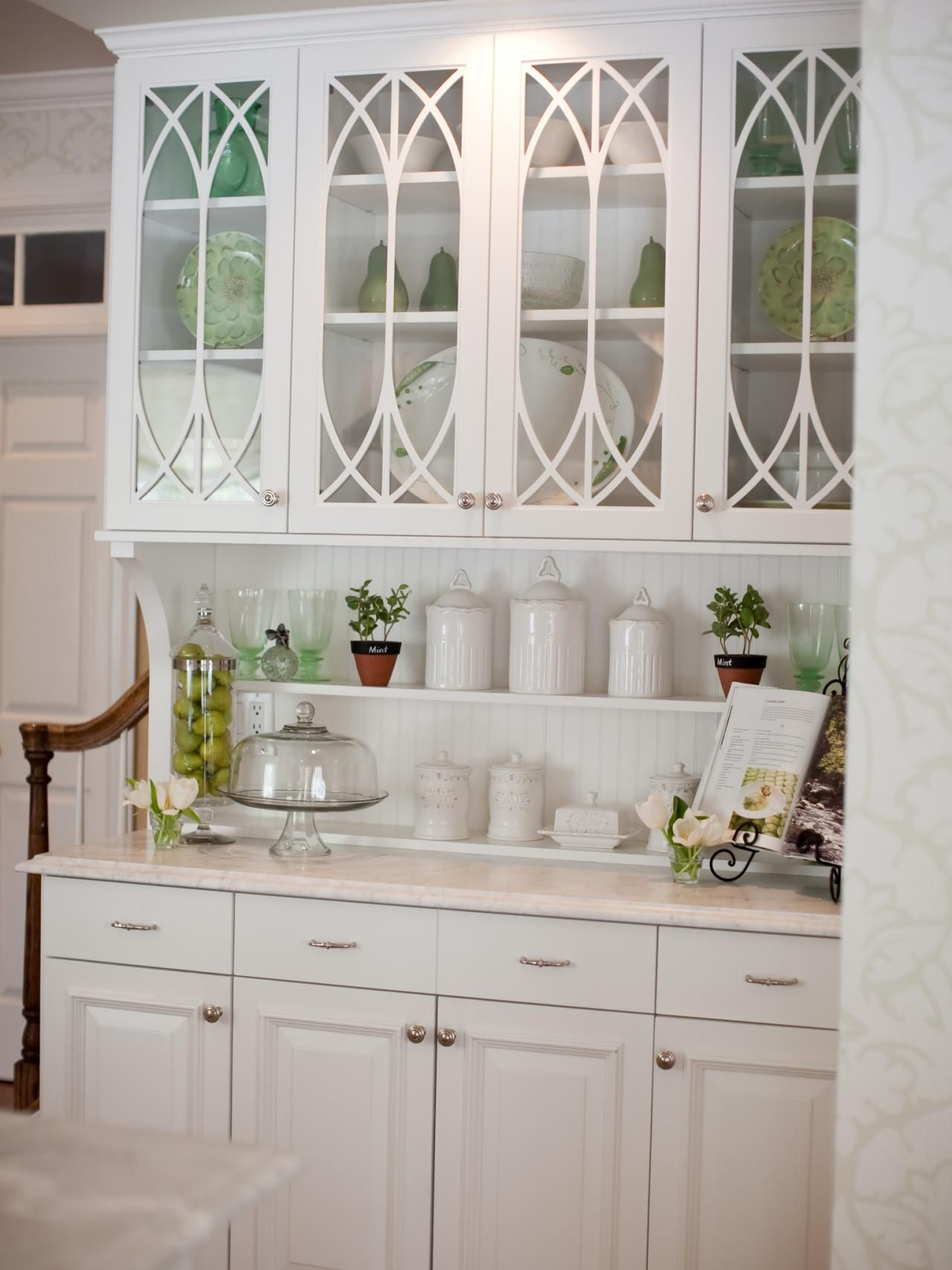 This builtin hutch with traditional glass doors