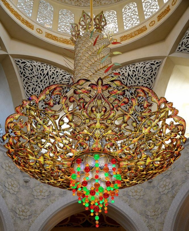 Grand Chandeliers Of Sheikh Zayed Mosque Abu Dhabi