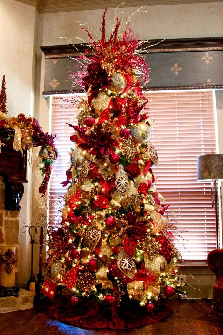 Elegant+Decorated+Christmas+Trees Red and gold elegant