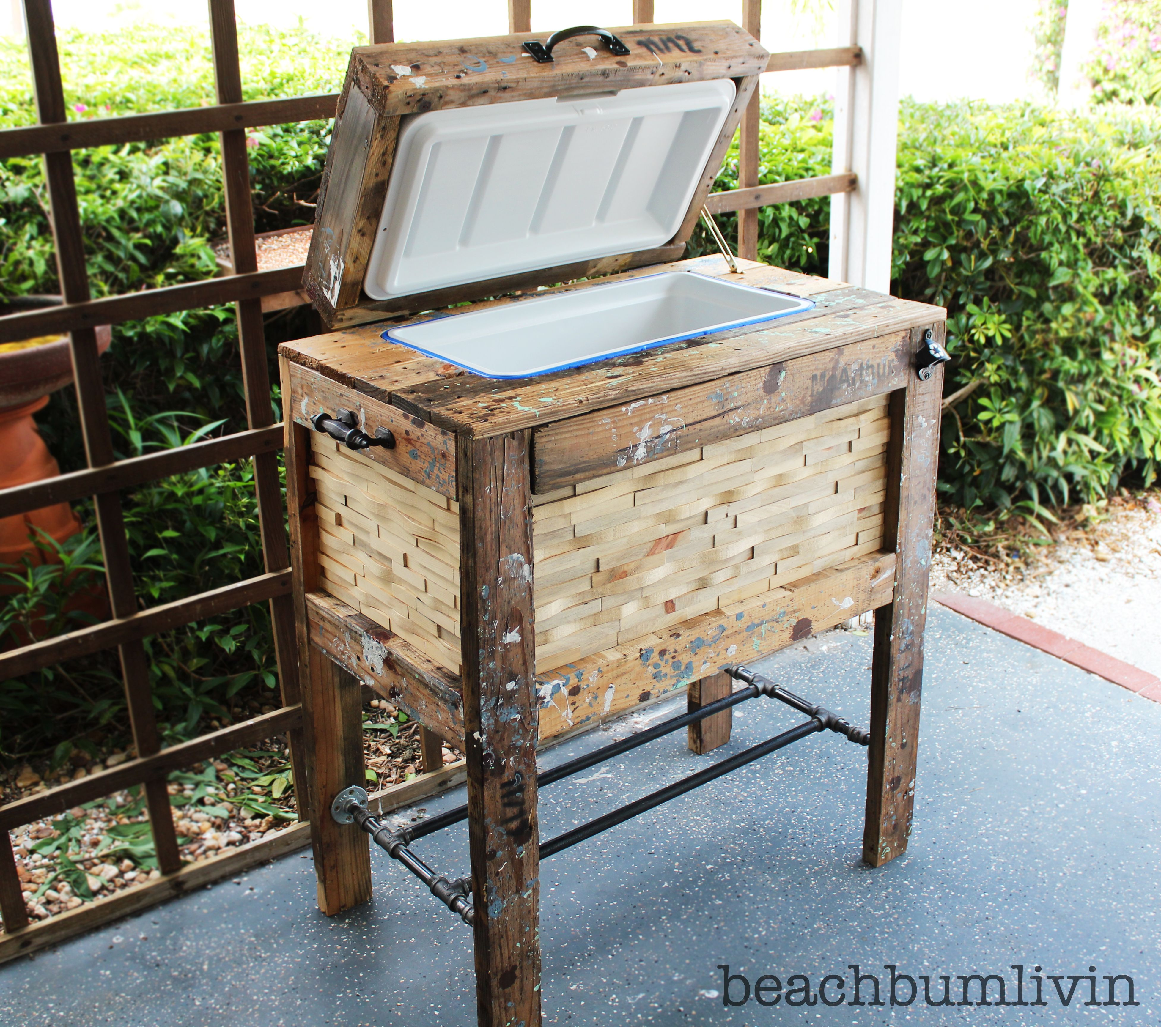 furniture made frome pallets Rustic Wood Cooler Box made