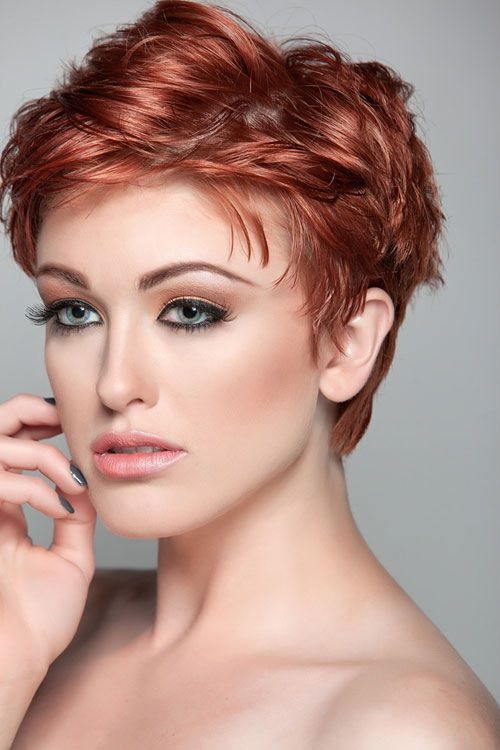 30 Sensational Short Hairstyles For Oval Faces Hairdesign See More Hair Design At Stylendesigns