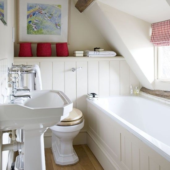 making the most of small bathrooms — Small attic bathroom via housetohome.co.uk