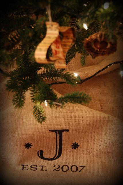 DIY Monogramed Tree Skirt   Flickr – Photo Sharing!