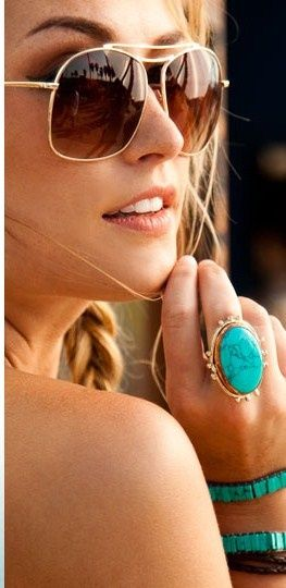 RayBan sunglasses outlet ,deep discount , top quality,always perfect with any si
