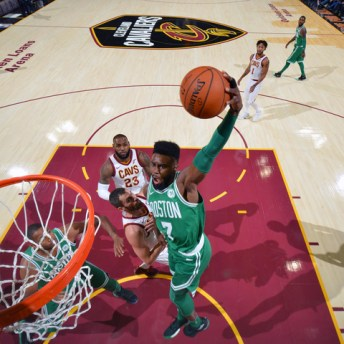 CLEVELAND, OH - OCTOBER 17: Jaylen Brown #7 of the Boston Celtics goes to the basket against the Cleveland Cavaliers on October 17, 2017 at Quicken Loans Arena in Cleveland, Ohio. NOTE TO USER: User expressly acknowledges and agrees that, by downloading and/or using this Photograph, user is consenting to the terms and conditions of the Getty Images License Agreement. Mandatory Copyright Notice: Copyright 2017 NBAE (Photo by Jesse D. Garrabrant/NBAE via Getty Images)
