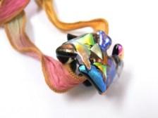 ガラスフュージング/ガラスアクセサリー教室 チタンガラス ダイクロ