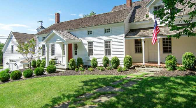 Creating a New York Classic with Emerald® Exterior Paint