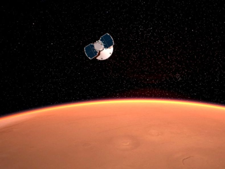 PHOTO: An artists concept released by NASA illustrates the InSight spacecraft approaching Mars.