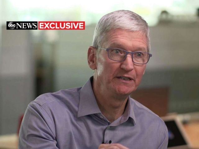 PHOTO: ABC News Rebecca Jarvis interviews Apple CEO Tim Cook in Austin, Texas.