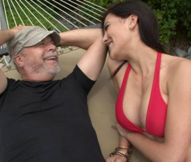 Sugar Daddies Cover Debts For Sugar Baby Dates