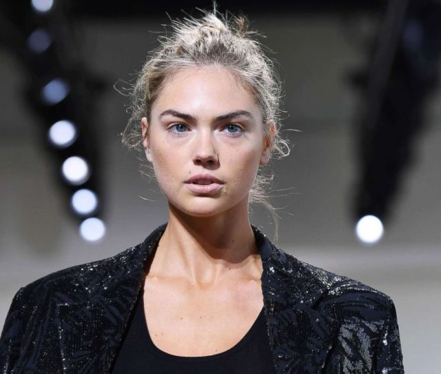 Photo Model Kate Upton Walks The Runway At Spring Studios On Sept