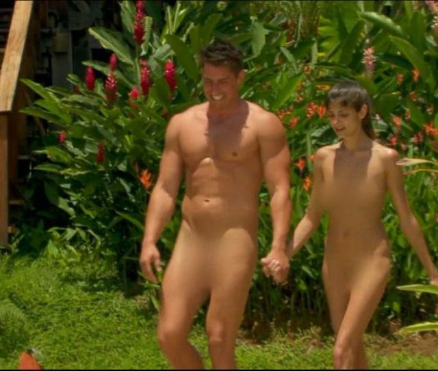 Dating Naked Contestant Sues For 10 Million