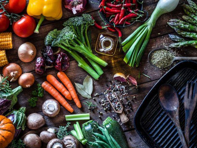 PHOTO: Les légumes sont vus dans cette photo.