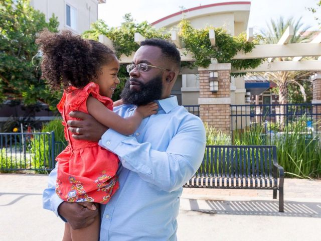 PHOTO: Walter Daniel plays with daughter Victoria near their apartment in Dublin, Calif., on Sept. 27, 2018.