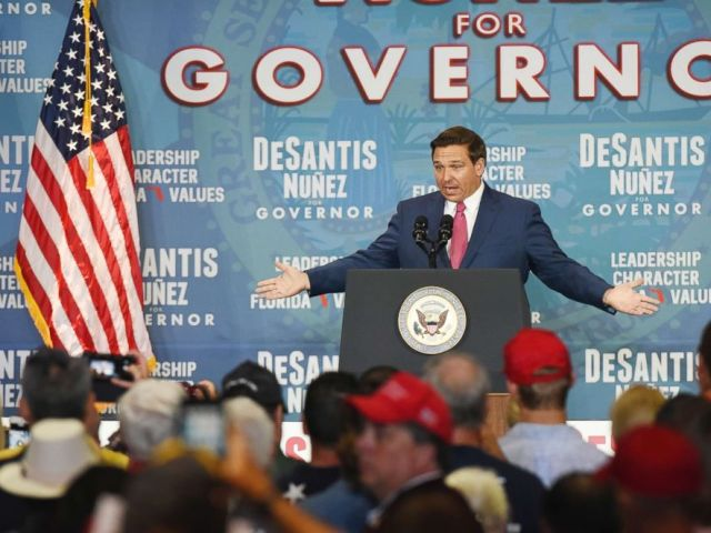 PHOTO: Florida Republican gubernatorial candidate Ron DeSantis addresses the audience during his Jacksonville campaign stop, Oct. 25, 2018.