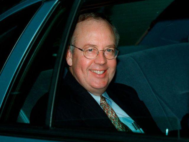 FOTO: Unabhängiger Rat Kenneth Starr verlässt seine Heimat, 21. September 1998, in McLean, Virginia.