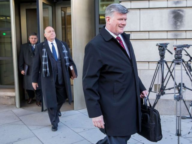 PHOTO: Kevin Downing and Thomas Zehnle, defense attorneys for former Donald Trump campaign manager Paul Manafort, leave U.S. District Court after a status hearing in Washington, Dec. 11, 2018.