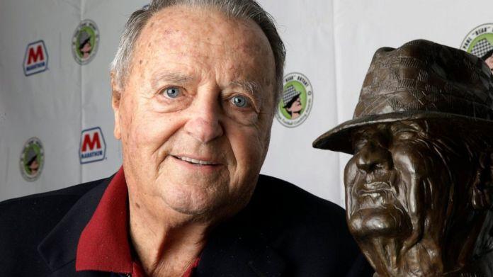 Corridor Of Famer Bobby Bowden Has Terminal Medical Situation