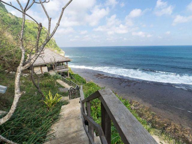 PHOTO: Bulgari Resort Bali
