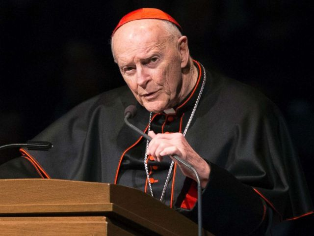 PHOTO: Cardinal Theodore Edgar McCarrick speaks during a memorial service in South Bend, Ind., March 4, 2015.