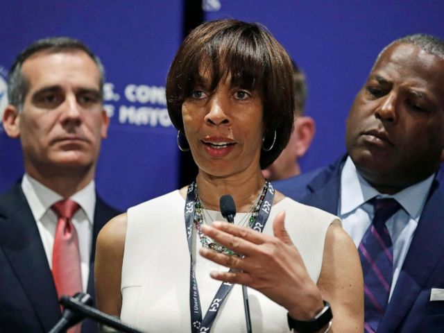 PHOTO: Baltimore Mayor Catherine Pugh addresses a gathering during the annual meeting of the U.S. Conference of Mayors in Boston, June 8, 2018.