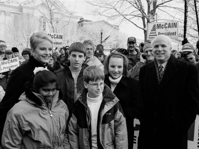 PHOTO: John and Cindy McCain attend a rally in the park with their family in Keene, N.H., Jan. 31, 2000. From left, daughter Bridget, sons Jack and Jimmy, and daughter Meghan. January 31, 2000 in Keene, New Hampshire.