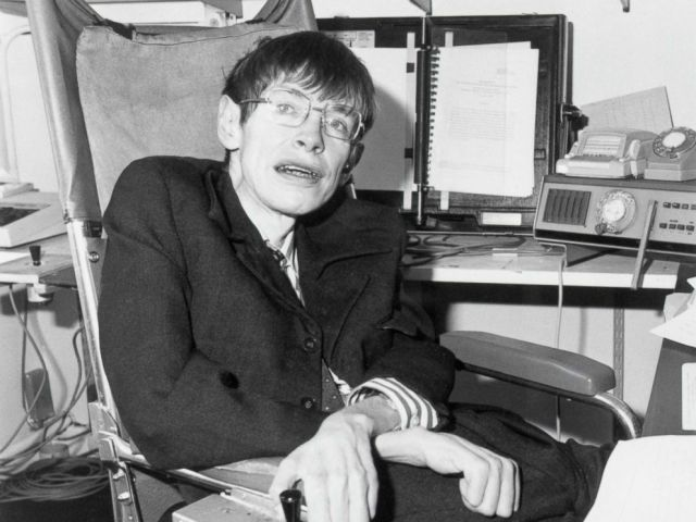 PHOTO: Mathematical physicist Dr. Stephen Hawking in his office circa 1982.