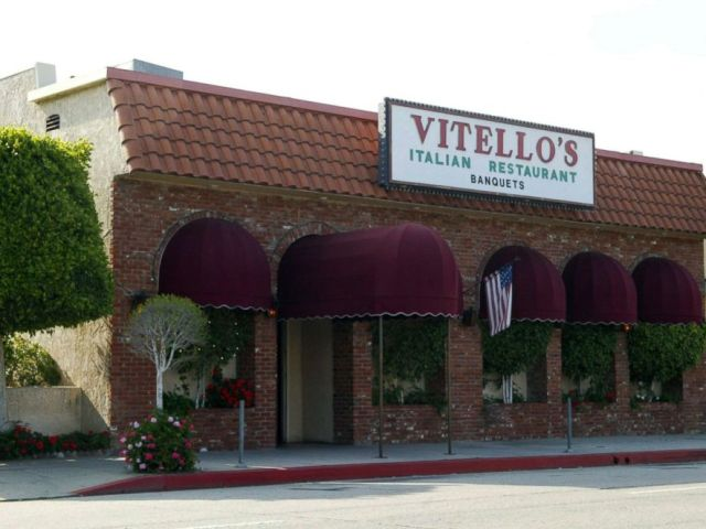 PHOTO: Vitellos Restaurant is shown April 20, 2002 in Studio City, Calif.