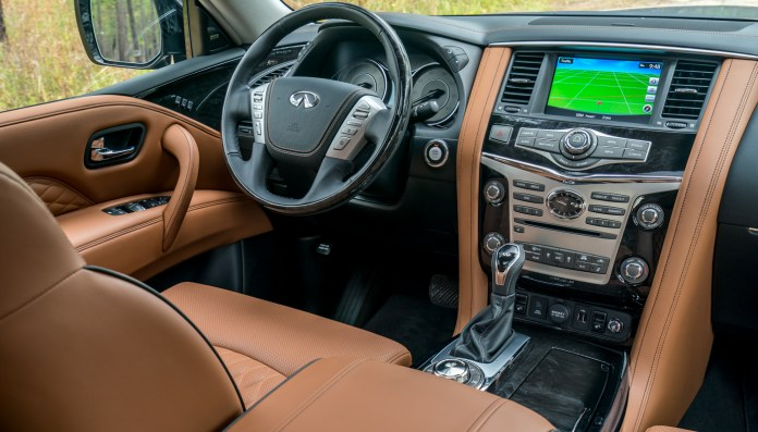 """Further advancing INFINITI's presence in the full-size luxury SUV segment, the 2018 QX80 takes INFINITI's """"Powerful Elegance"""" design language in a bold new direction, creating a powerful, contemporary and commanding aesthetic."""