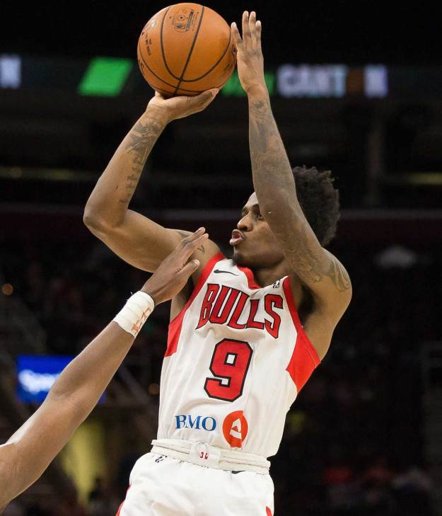 Antonio Blakney of the Windy City Bulls shoots the ball.